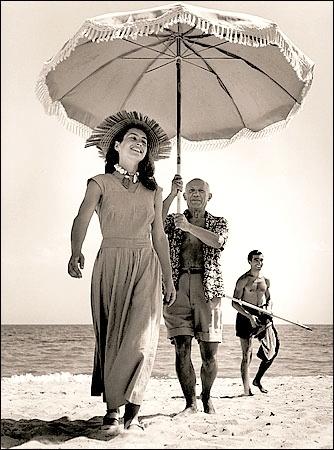 Picasso e Gilot fotografati da Capa (1948)