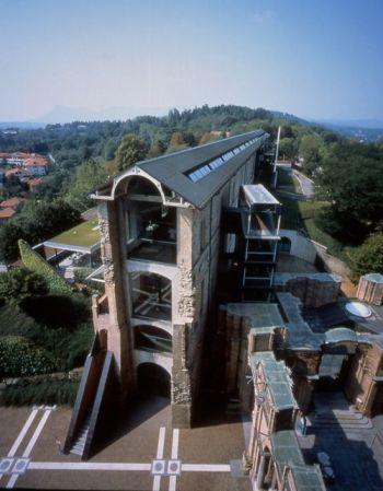 Castello di Rivoli, esterno