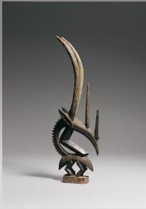 artista malese, copricapo in forma di antiolope