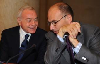 Enrico Letta(Pd) con lo zio Gianni Letta (Pdl)