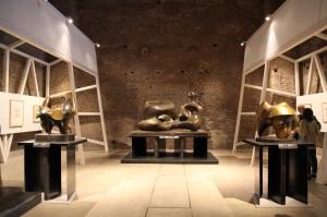 Henry-Moore-veduta-della-mostra-presso-le-Terme-di-Diocleziano-Roma-2015-photo-Roberto-Galasso-3